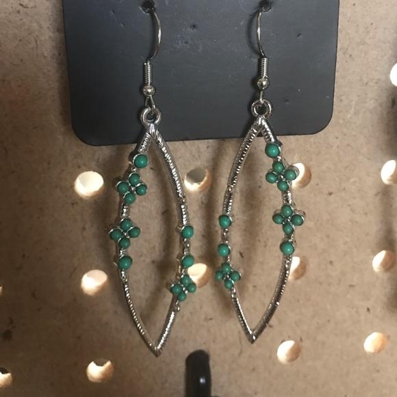 Slim silver earrings w/Kelly green beads.